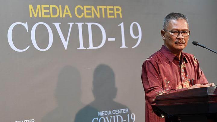 achmad yurianto Juru Bicara Pemerintah menyampaikan perkembangan terbaru kasus covid-19 melalui transmisi lokal