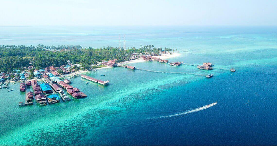 pulau derawan berau dibuka dengan protokol kesehatan