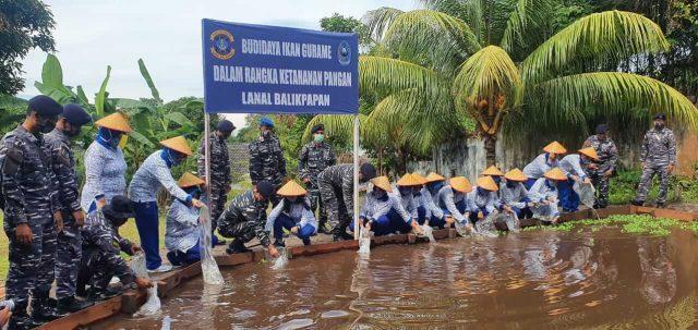 Pangkalan TNI Angkatan Laut (Lanal) Balikpapan ketahanan pangan melalui Jalasenastri Cab. 3 Korcab XIII DJA II