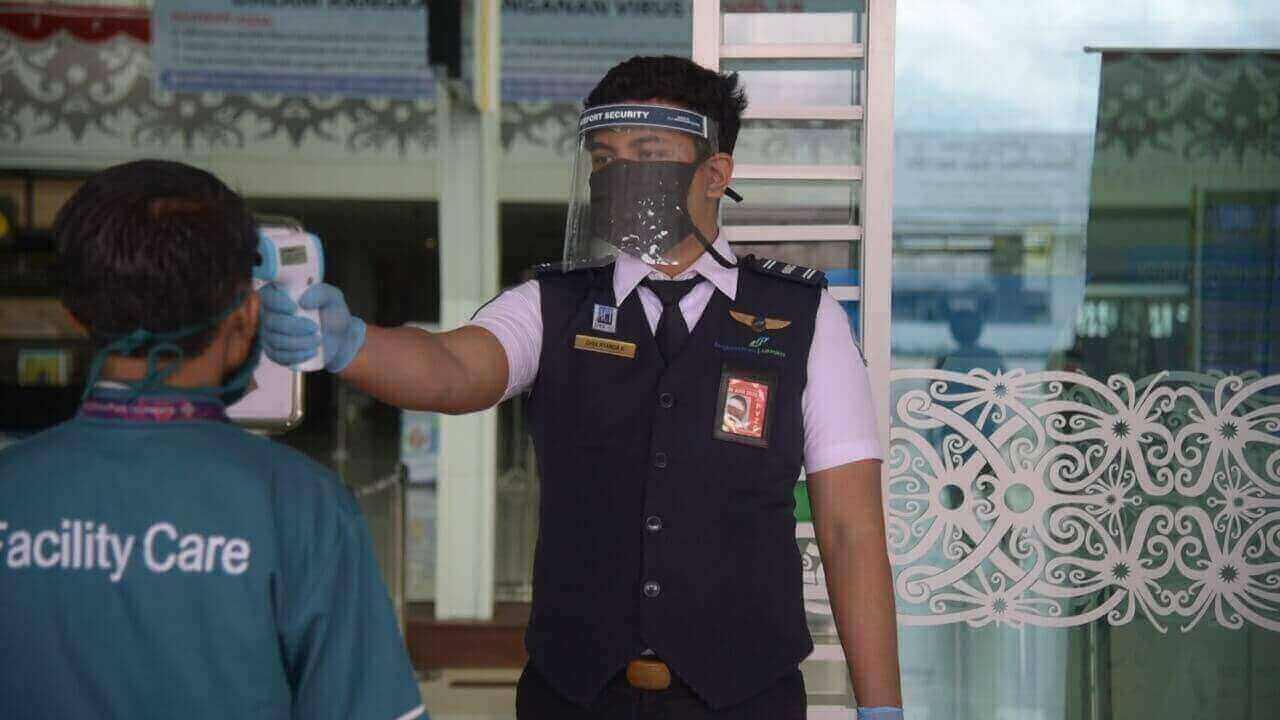 Layanan Transportasi Udara Bandara Sultan Aji Muhammad Sulaiman (SAMS) Sepinggan Balikpapan lakukan pelaksanaan rapid test