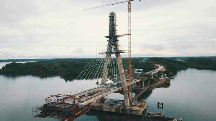 Progres pembangunan jembatan Pulau Balang menjadi penghubung antara Kabupaten Penajam Paser Utara (PPU) di wilayah Kelurahan Jenebora (kaltim)