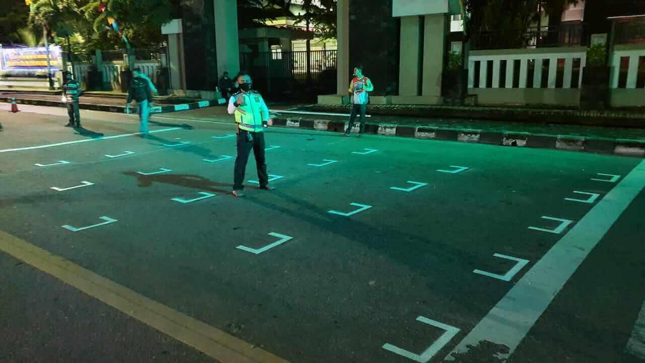 pemandangan baru di sejumlah titik traffic light di ruas jalan utama di Kota Balikpapan, Kaltim