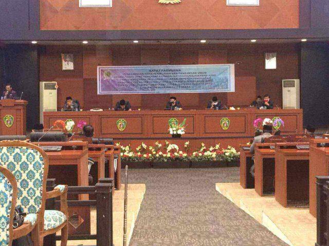 Bupati Penajam Paser Utara (PPU), Abdul Gafur Mas'ud (AGM) menjabarkan sembilan Raperda inisiatif dari Pemerintah Kabupaten (Pemkab) PPU