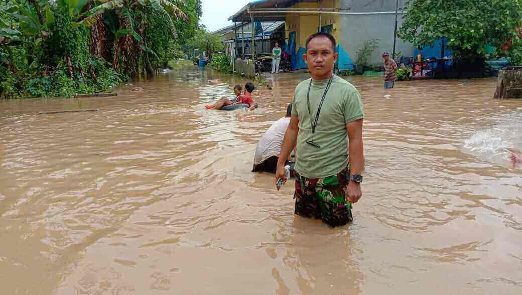 hujan deras mengguyur balikpapan, akibatnya banjir di beberapa titik