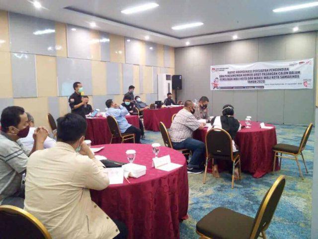 KPU Sosialisasikan Tahapan Pengundian Nomor Urut Paslon - headlinekaltim.co