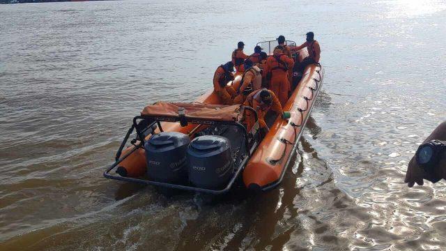 Kapal Kayu Angkut Batu Bara Tenggelam di Muara Berau, 1 ABK Hilang