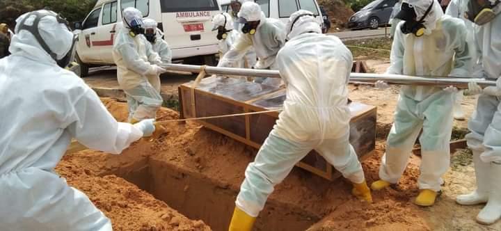 Lima Pemakaman Jenazah COVID-19 Dalam Sehari, Satu Anggota Polri