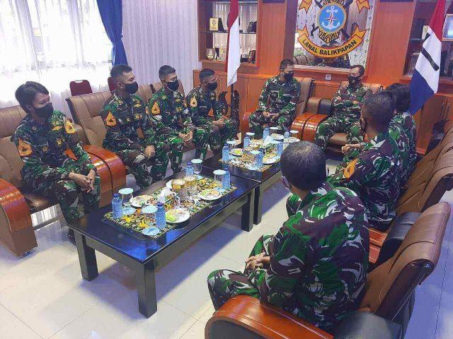 30 Taruna AAL Kunjungi Lanal Balikpapan - headlinekaltim.co