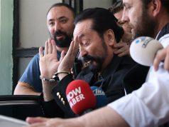 berita internasional hari ini : Adnan Oktar / Harun Yahya Divonis 1000 Tahun Penjara karena Terbukti Memerkosa